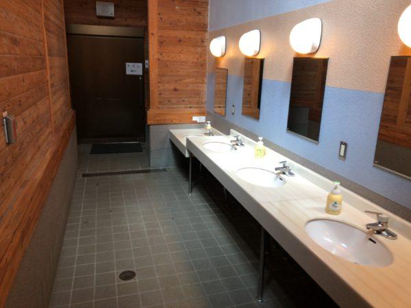うるぎ星の森キャンプ場のトイレ